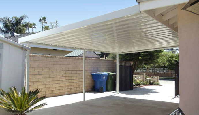 Carports & Awnings-San Diego County Pool Screen Enclosures & Screen Repair Services